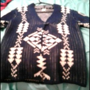 I'm selling a sweater!